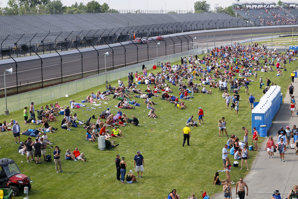 Turn 4 Carb Day